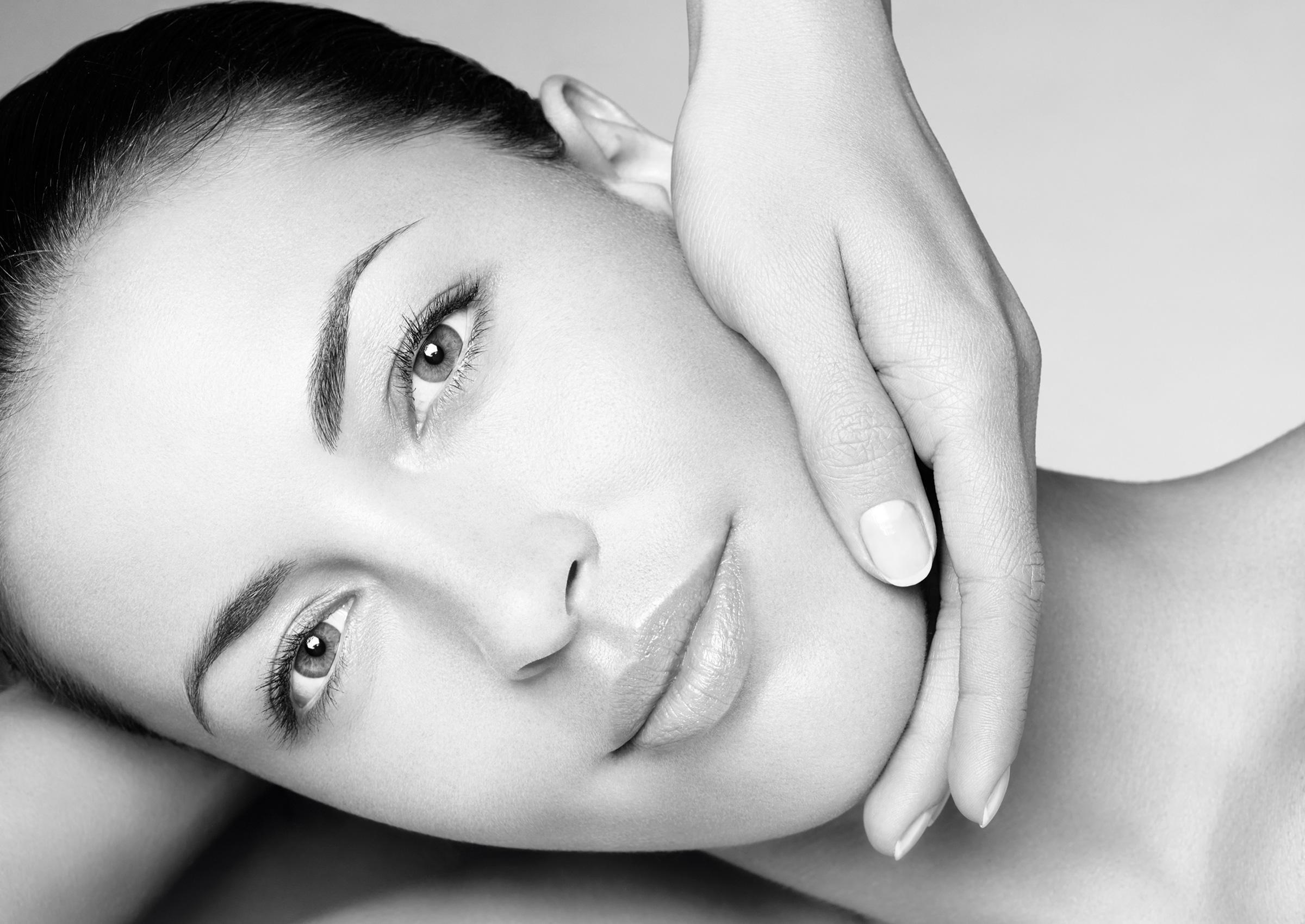 Essential facial treatments in Paris